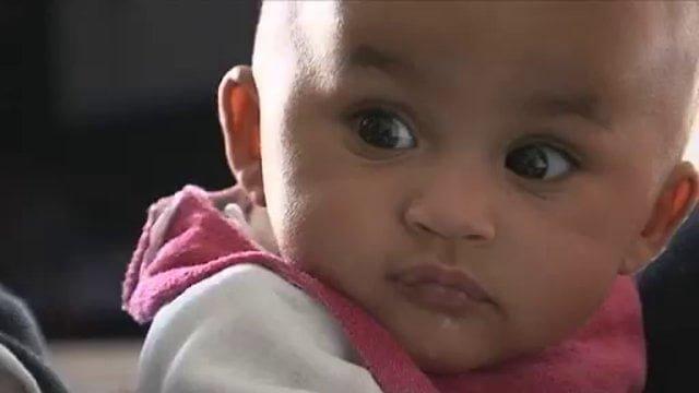 Les Maternelles (France 5) | Feuilleton documentaire autour de la vie d'un couple et de ses petites jumelles